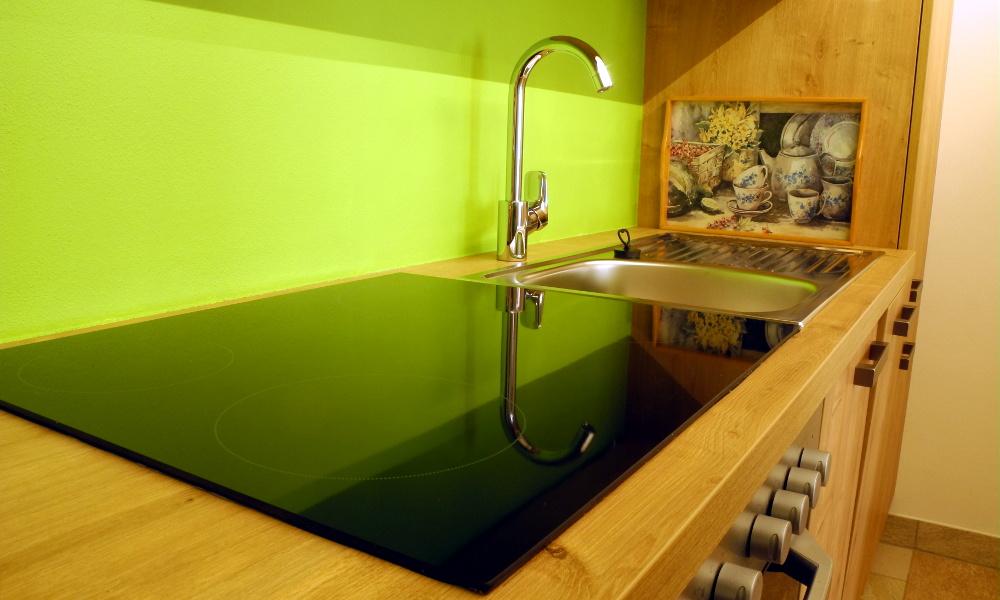 Lehrnerhof - Modern eingerichtete Küche
